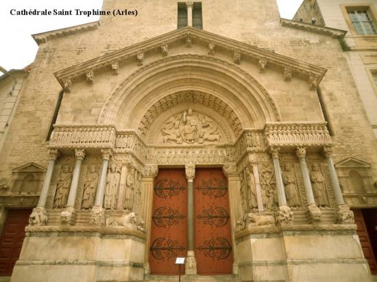 Cathédrale Saint Trophime 2