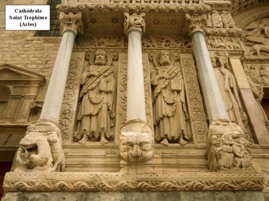 Cathédrale Saint Trophime 3